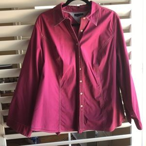 Maroon red button down cotton 3/4 sleeve top